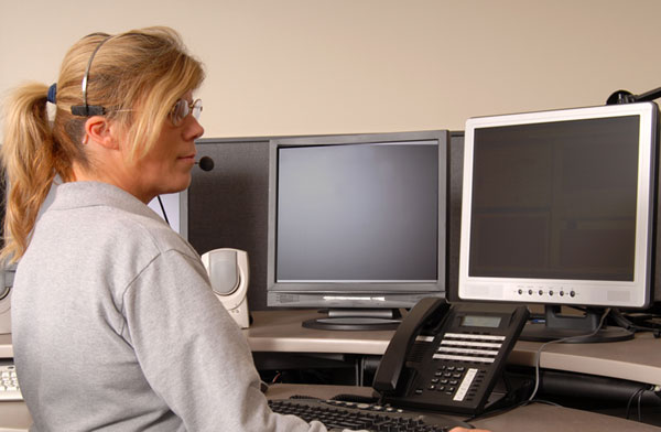 Image of a 9-1-1 Response Employee
